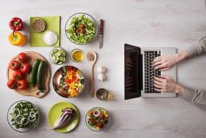 dlaczego jedzenie w pracy powinno być powszechnym standardem